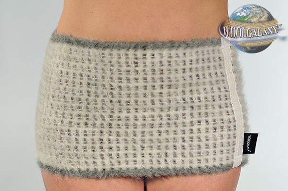 Elastic warming waistband containing alpaca wool