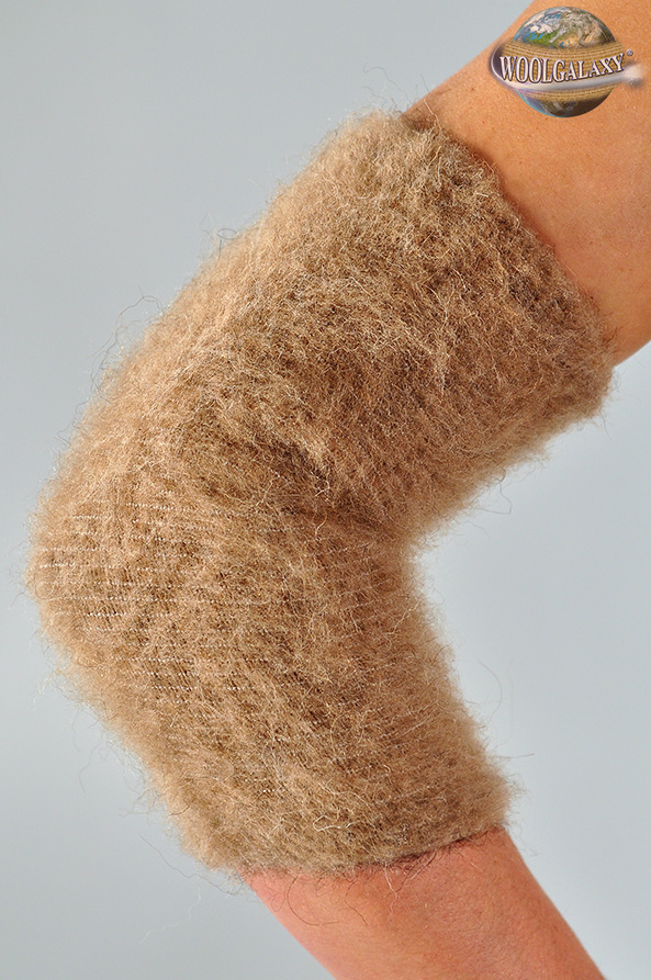 Elastic warming elbow-guard with camel wool