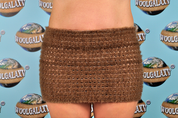 "Elastic perforated belt containing camel wool, ""FANTASTIC"" Collection"